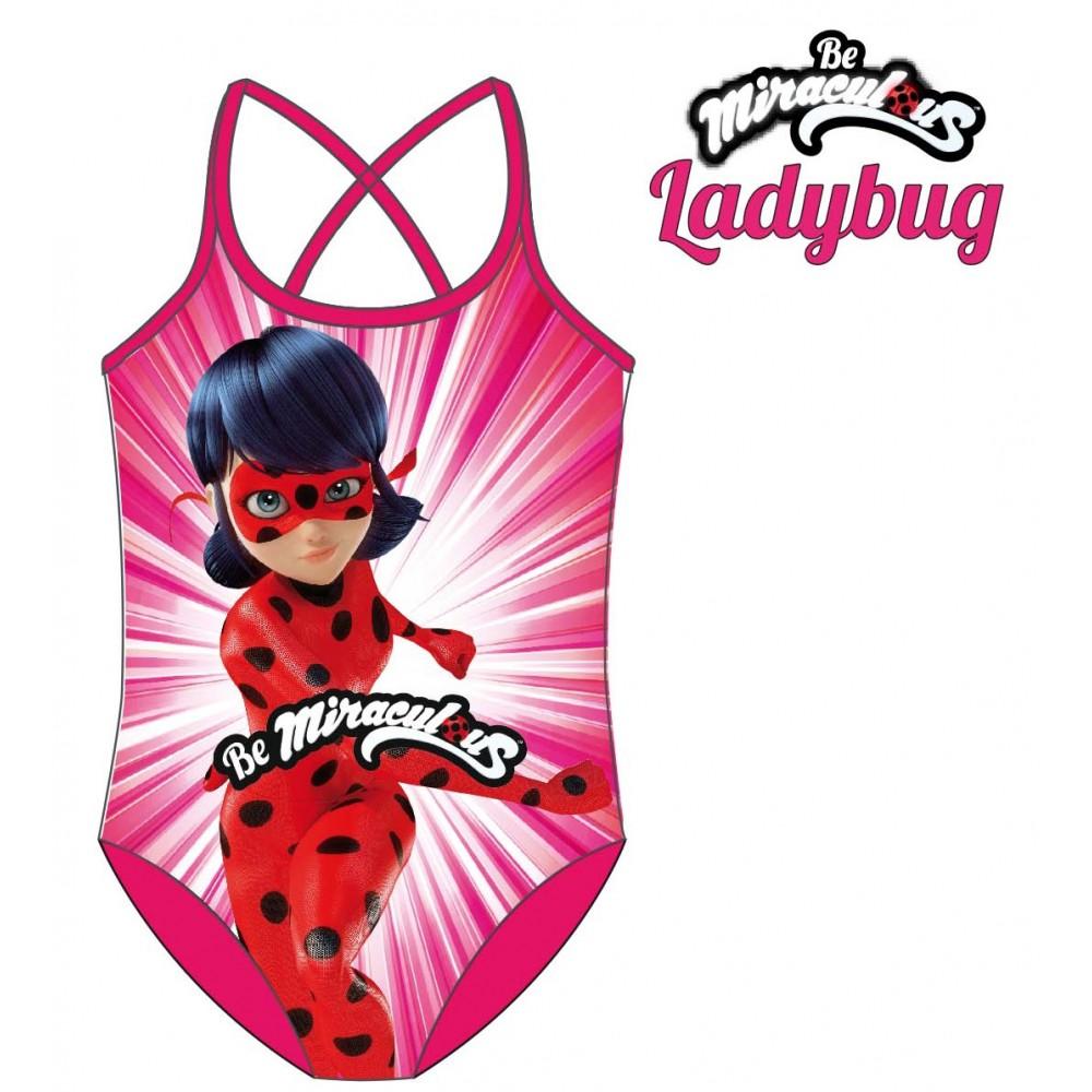 Bañador Ladybug Prodigiosa en acción